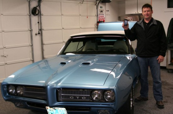 Dave Phipps with his iPod touch-controlled '69 Pontiac GTO